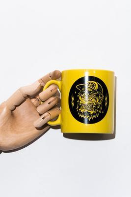 Monkey Climber hrnek Yellow Ape Mug - 1
