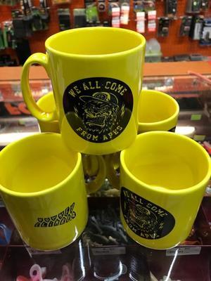 Monkey Climber hrnek Yellow Ape Mug - 3