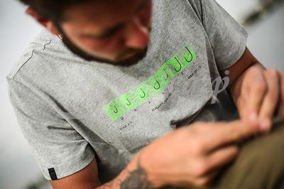 Korda tričko Hook Spec T-Shirt - 4